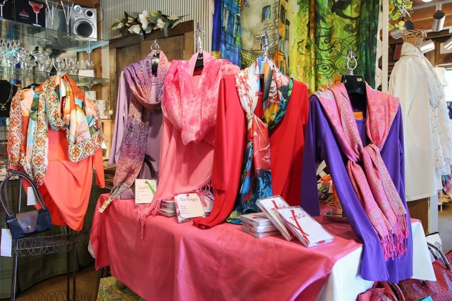 Mountain Mamas Clothing - Fife Gift Shop in Kent, Connecticut